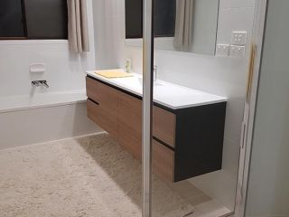 bathroom10